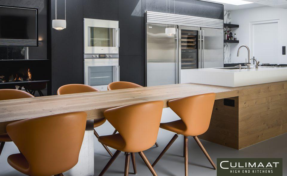 3x Een keuken met hout